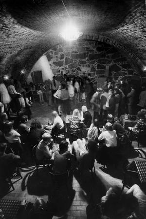 Bryggargårdens källarvalv. Bilden är från invigningen av Cavern Club 1967.