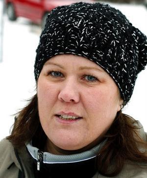 – Ja, jag gör det mycket för grabbarnas föreningar. Men jag känner inte någon julstämning.Jeanette Sturk, 38, vikarie, Nolby.