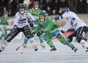 Andreas Eskhult, till vänster i bild, kan bli Hans Anderssons ersättare i Edsbyn.