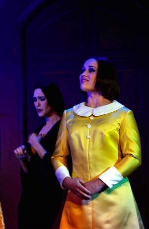 Karolina Engelbrektsson spelar dottern Wednesday i musikalen om Familjen Addams som för knappt två veckor sedan hade premiär i Göteborg.