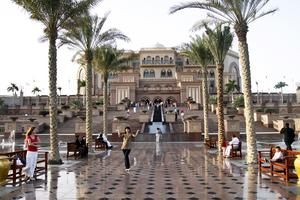 Emirates Palace i Abu Dhabi är ett av världens lyxigaste hotell.