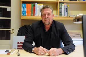 Thord Berglund kommer till en helt ny värld, från datorer till trävaror.
