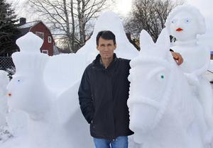 Sayed Mohammad Ali Mosavi har fler planer på nya skulpturer i is och snö.