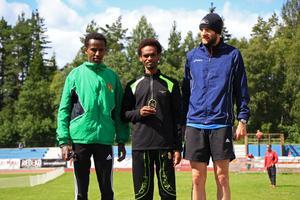 Hasan Mahamuud högst upp på pallen.