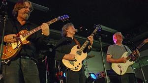 Rockgruppen Saga i en härlig pånyttfödelse. Från vänster Mats Norrefalk, Christer Stålbrandt och Kenny Bülow.