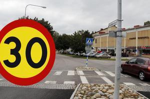 Hastighetsbegränsningen på Vivstavägen, i höjd med skolan och simhallen, ändrades hösten 2017.