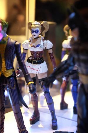 En uppsjö av actionfigurer fanns till försäljning.