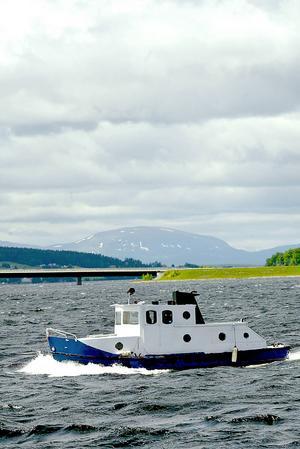 Under Yranhelgen går det inte att åka båt vid området 20 meter söder om Ångaren Thomées brygga fram till Storsjöyrans tillfälliga campingområde.