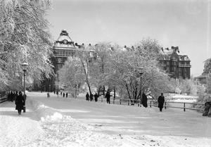 Storbron i Örebro. Året är 1920.