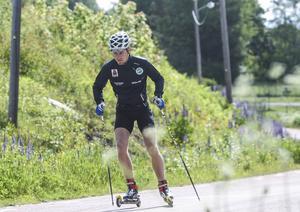 Under midsommarhelgen var Christofer Eriksson hemma i Ilsbo. Då blev det också lite träning på schemat.