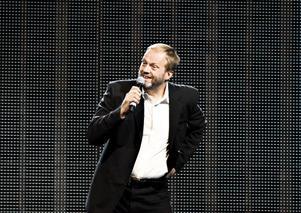 spelar jazz också. Imitatören Jörgen Mörnbäck överraskar.