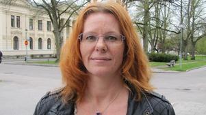 Maria Liljedahl, SD, vill förbjuda religiösa och politiska symboler i vården.