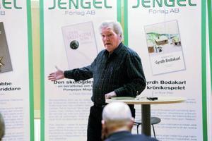 Erik J Bergström berättade om sin nya bok