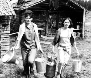 Tidningen Ungdomsnytt trodde att de var Sveriges yngsta butöser.