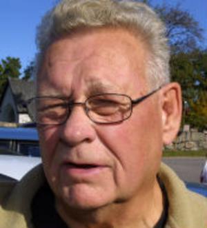 Tom Ludvigsson, 69 år, Nolby.–Här finns nästan allting och det är bra fritidsverksamhet på orten.