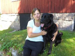 Just nu sätter endometriosen stopp för många saker som Ulrika Möller vill göra, som att träna med hunden Cilla.