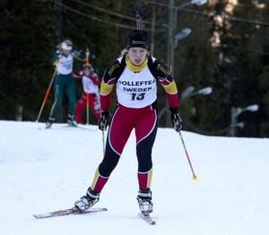 Frida Hagström Anundsjö gjorde ett riktigt bra sprintlopp i Sverigecupen i Idre där hon körde in som tvåa i en av juniorklasserna.