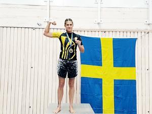 Malin Hermansson gick på knock i andra ronden under SM-finalen och tog hem vinsten.