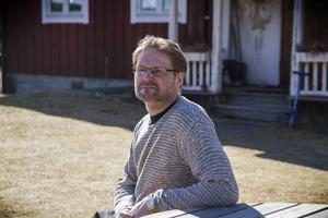Lars Sjöö minns inget från den svåra olyckan. Även delar av tiden innan olyckan är borta ur minnet.