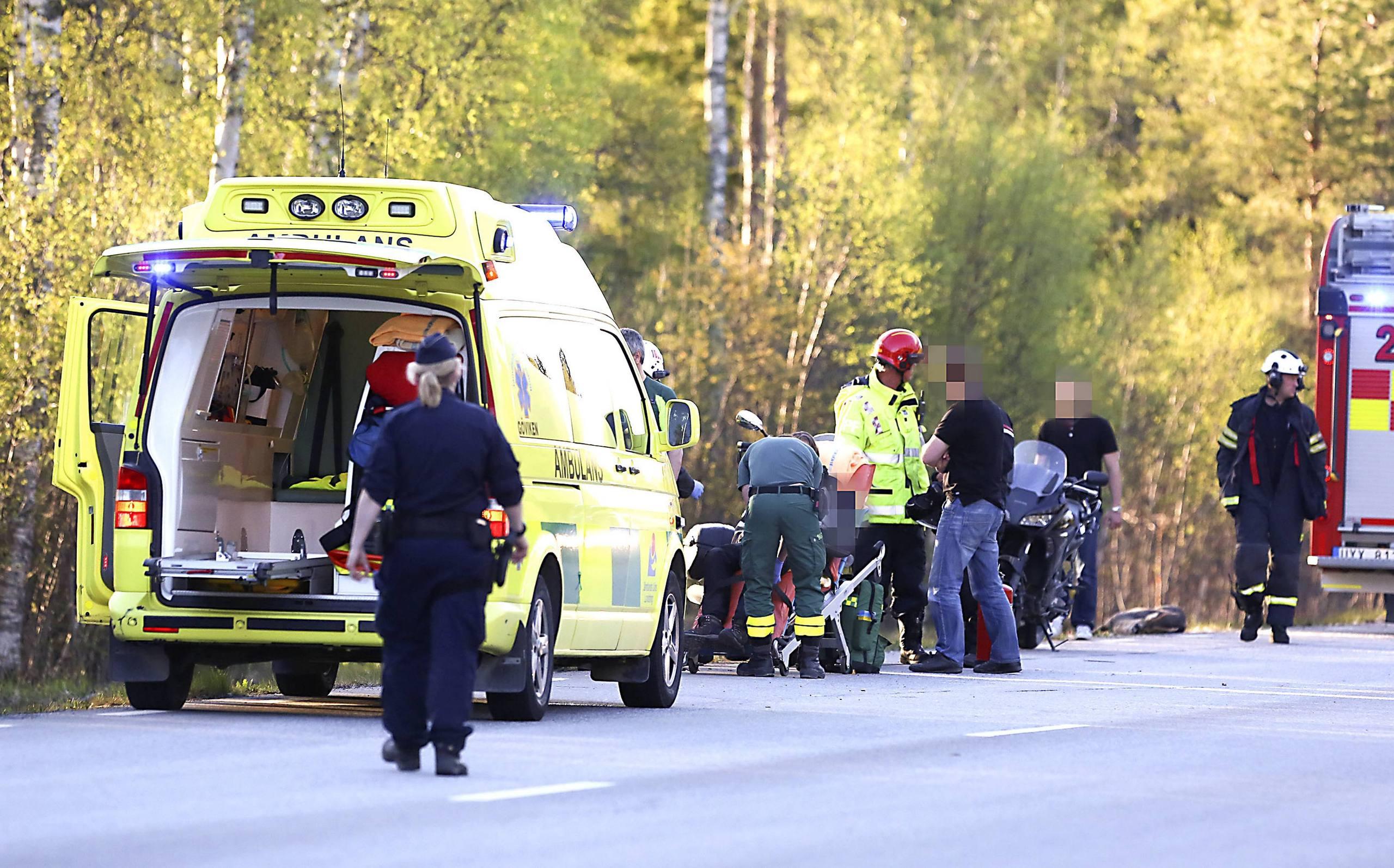 Radjur orsakade krock med tre bilar