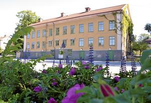 Nästa sommar. I bästa fall kan Strandskolan vara ombyggd till hyresfastighet någon gång under sommaren 2013.  BILD: ULRIKA STOETZER