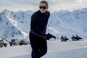 Biopremiär för Daniel Craigs sista Bondfilm.