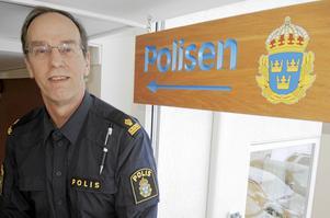 Efter nästan 45 tjänstgöringsår inom polisen går Börje Hoback nu i pension. Något han gör med lite tudelade känslor.