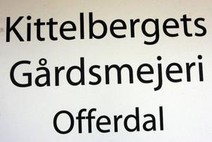 Kittelberget med sex bofasta har ett eget gårdsmejeri.
