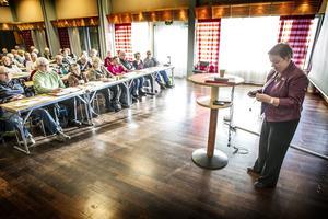 Till PRO:s höstmöte hade riksorganisationens förste vice ordförande Christina Tallberg bjudits in.