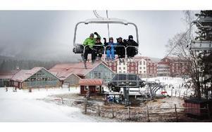 Romme Alpin har snö i nio backar och åtta liftar öppna. Snödjupet är 70 centimeter och håller sig eftersom de hann göra kanonsnö på de tre kall dygnen före lucia. På hotellet bor 500 gäster och inför     nyår kommer 700 nya gäster och det blir fullbelagt. Foto: Staffan Björklund