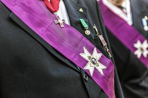 En tempelriddare bär ofta symboler av olika slag. Vad dessa innebär och betyder förklaras den 9 april då man håller öppet hus i lokalerna i Falun.