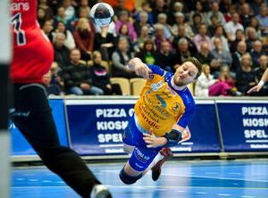 Erik Axelsson gör av allt att döma sin sista hemmamatch i Lif-tröjan i kväll.