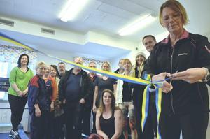 Invigning. Lokalen invigdes på fredag med bandklippning där personalchef Phetra Ericsson höll i saxen.