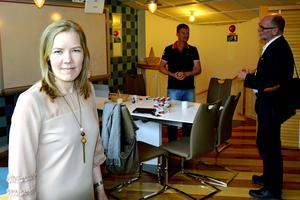 Emma Henriksson (KD), ordförande i Riksdagens Socialutskott, besökte Timrå och Premicare som driver fyra vårdcentraler i länet.