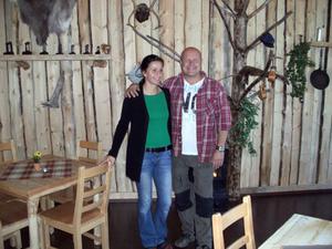 Paret Chris och Tom Schreiber har byggt om Nornäs skola till en hotelliknande anläggning med inriktning på vildmarks- och äventyrsturism, Schweden Aktiv.