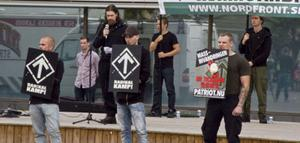 Svenska motståndsrörelsen intog Bollnäs några timmar tidigare. Polisen hade spritt tillstånden för att undvika konfrontation. Polisen räknade till cirka 150 nazister.