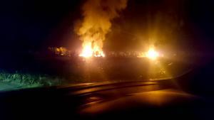 Branden utbröt sent på onsdagskvällen. Ett vittne som LT har pratat med beskriver den som ett enda stort eldhav.