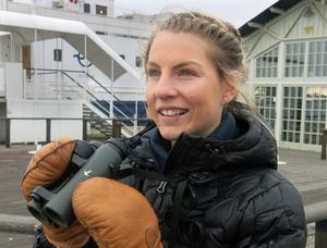 När VLT träffar Frida Johnsson i Östra hamnen har hon precis spanat in en havsörn ute på Västeråsfjärdens is och trutar bortåt Lögarängen.