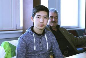 Maksat Asylbashev i juryn går i klass 8:3 på Granbergsskolan. Det var en av klasserna som lämnade in det vinnande namnförslaget, den andra klassen var 6 A på Björktjära.