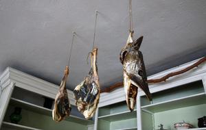 Charkuterier på vänt. Gäddhuvudena är dock bara för dekoration men göshuvud har funnits på menyn.