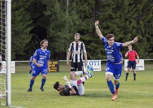 William Klasén gjorde ett av Fagersta Södras två mål i premiären borta mot Sätra.