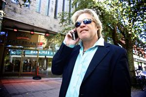 Patrik Andersson var drivande i Somalia bandy-projektet och en av huvudpersonerna i Filip och Fredriks långfilm om lagets resa till bandy-VM i Ryssland.