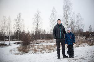 Henrik Eriksson tycker att det ska finnas fler fritidsaktiviteter för Fagerstas unga.