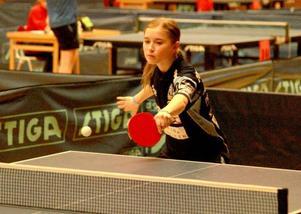 Ås hade fina framgångar när den 58:e Vårträffen avgjordes. Felicia Johansson förlorade först semifinalen i flickor 13 mot klubbkamraten Ros Hashiar, men tog sedan revansch och gick till final i flickor 14.