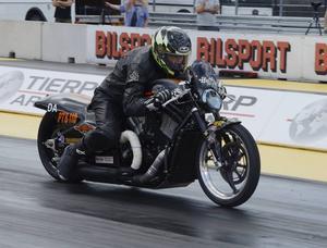 Stefan Gärdskog var kvaltvåa i Pro twin bike.