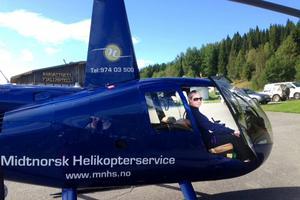 Piloten Line Andersen var en av dem som räddade hunden som var fångad på en bergsklippa i Offerdalsfjällen.
