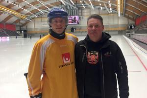 Erik Pettersson är redo för sitt tredje VM – på hemmaplan i Göransson Arena. Där pappa Håkan dessutom lagt isen.