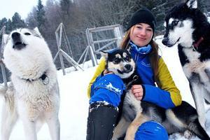 Slädhundsföraren Dalia Ramström, 18 år och från Strömsund, är på väg att sponsras av Strömsunds kommun.