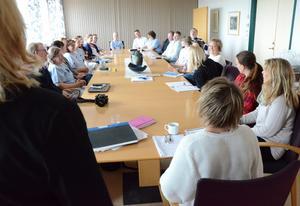 Utvecklingsarbete pågår. Sommarvikarier är huvudtemat på dagens möte som ingår i lasarettets marknadsföringssatsning.