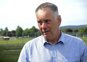Roger Lundin, enhetschef vid fritidsförvaltningen, konstaterar att man kommer att bli tvungna att söka dispens om Brage går upp i allsvenskan.